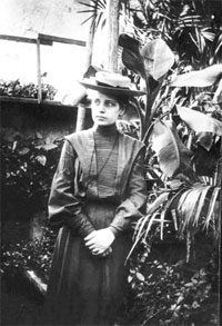 December 1938: Lise Meitner Otto Frisch discover nuclear fission