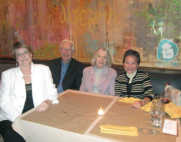 Darlene Logan, Mac Beasley, and Kate Kirby dine with major donor Rosa Ovshinsky